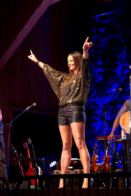 Sara Evans at Powell Symphony Hall